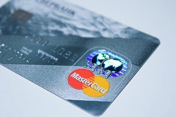 クレジットカードの多重申し込み